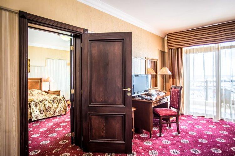 Hotel Palace Interior